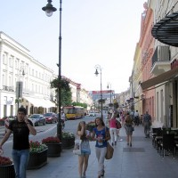 Nowy Świat w kierunku południowym to najbardziej żywa ulica w Warszawie