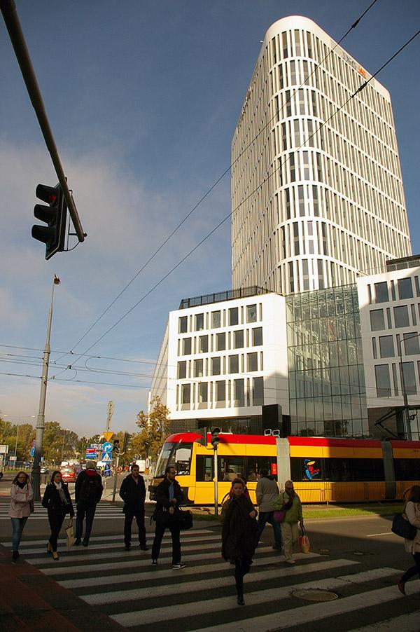 Plac Unii  - nowy wieżowiec w Warszawie