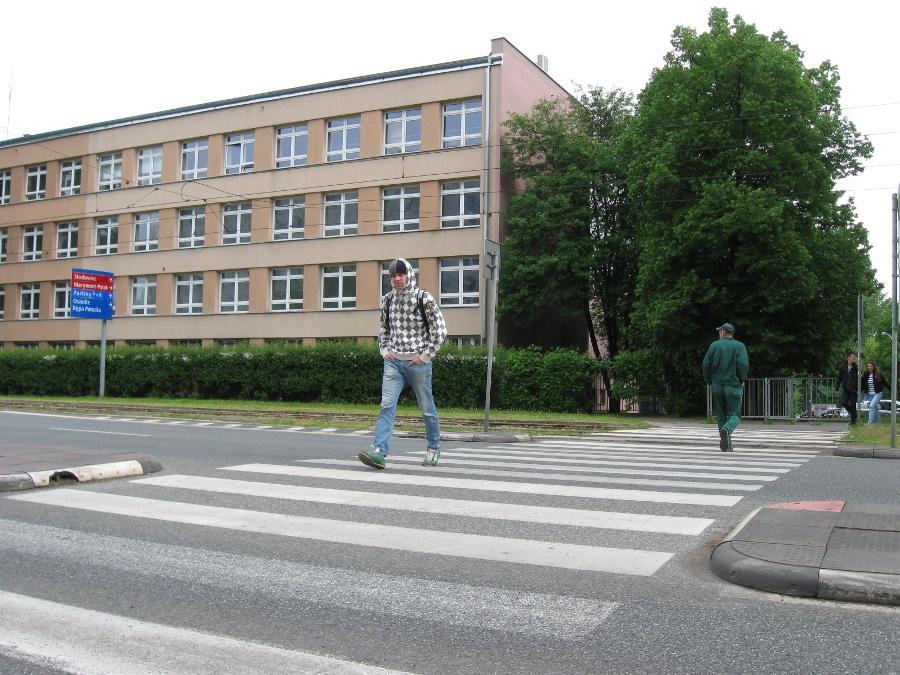 Istniejące przejście przez Słowackiego